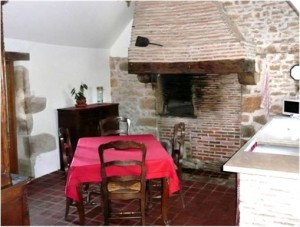 Maison d'hôtes |Installations Communes - Cuisine et four à pain